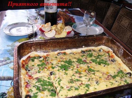 Пицца приготовленная в духовке