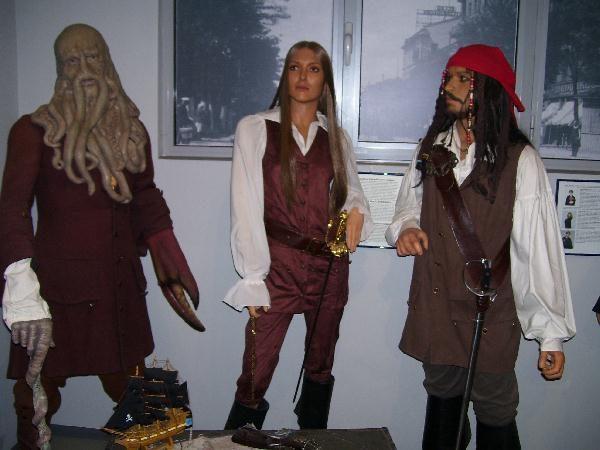 Пираты - восковые фигуры