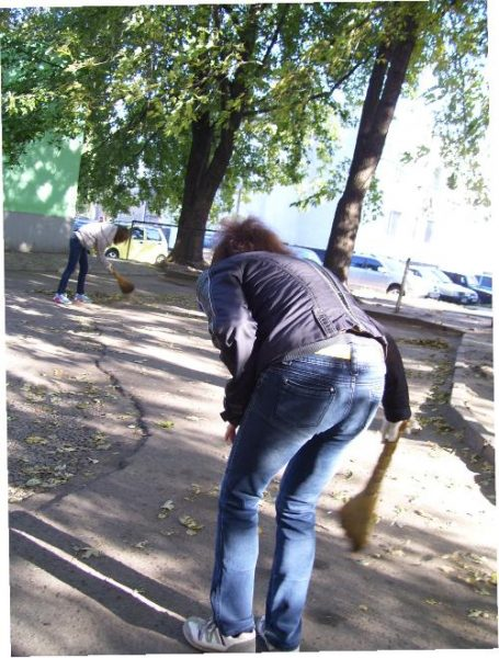 Субботник на улице Первомайская в Кременчуге