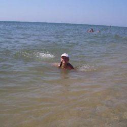 Плаваю в море