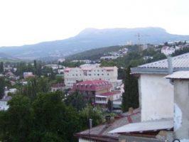Вид на город Алушта