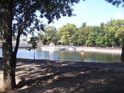 Вид на озеро со стороны Кредмаша