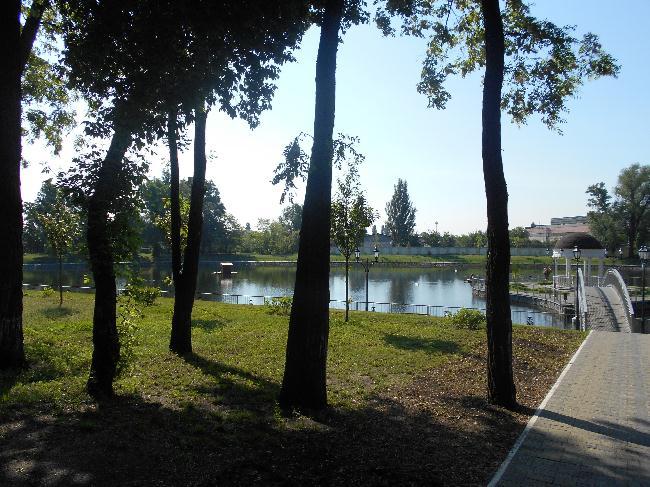 Озеро с Альтанкой