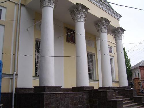Центральный вход в Спасо-Преображенский собор