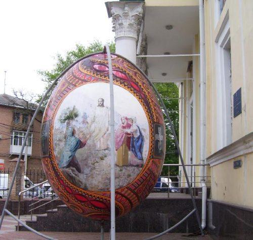 На территории Спасо-Преображенского собора