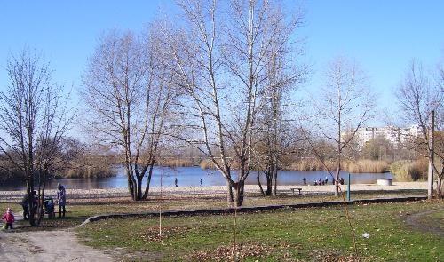 Пляж на реке Сухой кКагамлык