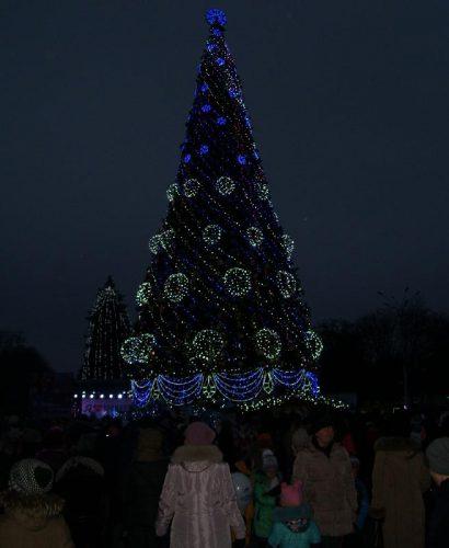 Кременчугская елка2016. Зажжение