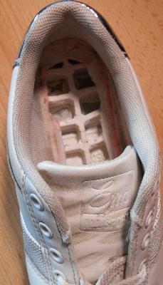 «Лідер взуття»