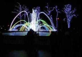 Зимний фонтан в центре Кременчуга
